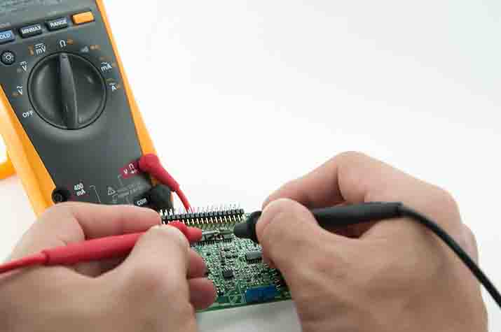 What are some of the common electrical properties that a multimeter can determine