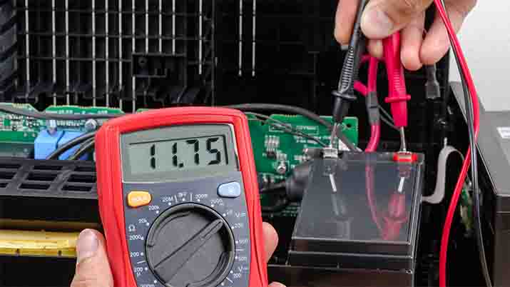 How do you test leads with a multimeter?