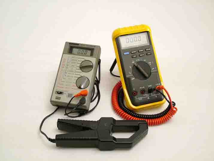 What is the difference between a Voltmeter, Multimeter, Ohmmeter, Oscilloscope